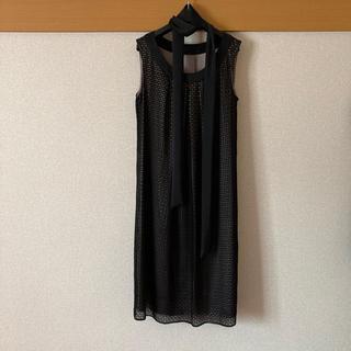 アンタイトル(UNTITLED)の【美品】アンタイトル ドレス サイズ1 ワンピース ワールド 黒(ミディアムドレス)