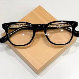 アヤメ(Ayame)のEYEVAN WOMACK ブラック 新品箱付き 試着のみ(サングラス/メガネ)