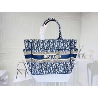 Dior - クリスチャンディオール ブックトートバッグ