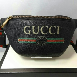 Gucci - GUCCI ロゴプリント ボディバッグ ベルトバッグ