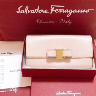 Salvatore Ferragamo - 美品 格安出品 サルヴァトーレフェラガモ 長財布 Ferragamo 長財布