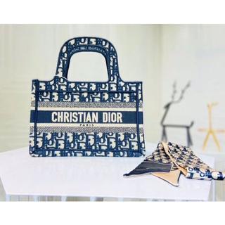 Dior - 今日限定!DIOR BOOK TOTEディオールのハンドバッグ