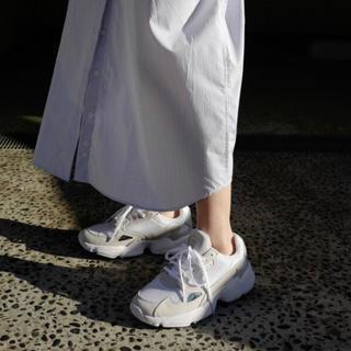 adidas - 【新品同様】adidas(アディダス) ファルコン W 24cm