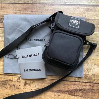バレンシアガ(Balenciaga)の新品 バレンシアガ WEEKEND メンズ ショルダーバッグ(ショルダーバッグ)