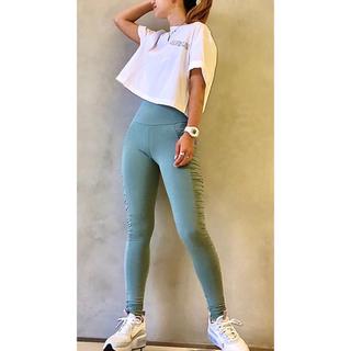 カルバンクライン(Calvin Klein)のCalvin Klein Performance クロップドTシャツ(Tシャツ(半袖/袖なし))