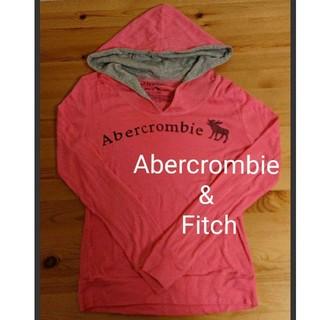 アバクロンビーアンドフィッチ(Abercrombie&Fitch)の【未使用】アバクロ ピンクパーカー(パーカー)
