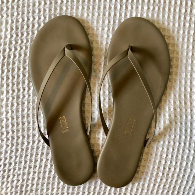 DEUXIEME CLASSE(ドゥーズィエムクラス)のTEEKSサンダル グレージュ 24cm レディースの靴/シューズ(サンダル)の商品写真
