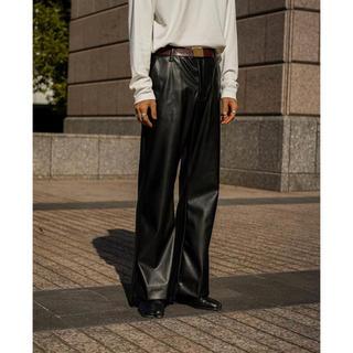サンシー(SUNSEA)のryotakashima fake leather flare pants(スラックス)