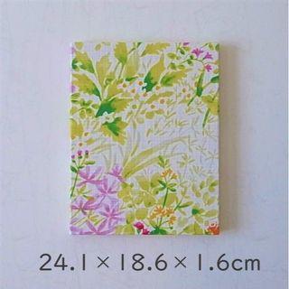 小花柄のファブリックパネル ファブリックアート 24.1×18.6×1.6(㎝)(アート/写真)