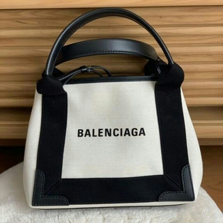 Balenciaga - 【お値下げしました!】バレンシアガ ネイビーカバー xs