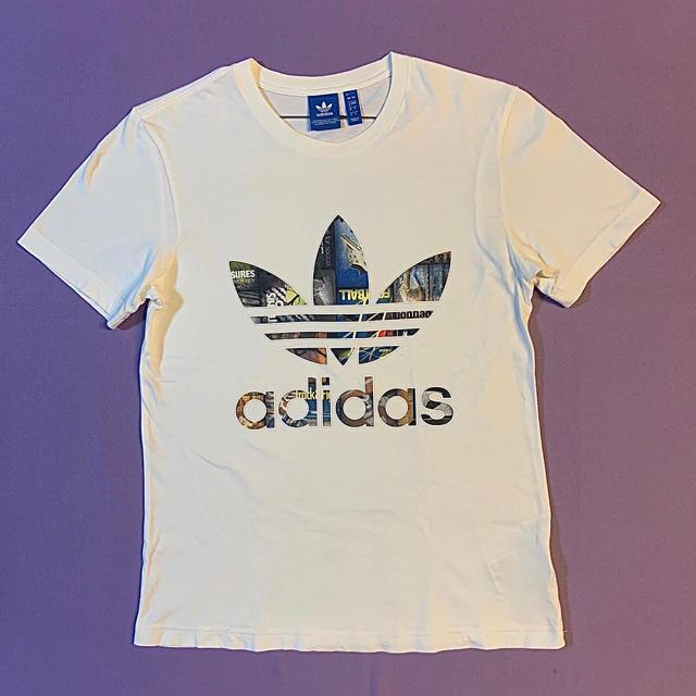 adidas(アディダス)の美品 adidas origilals デカロゴ S/S Tシャツ メンズのトップス(Tシャツ/カットソー(半袖/袖なし))の商品写真