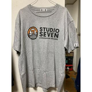 ジーユー(GU)のSTUDIO SEVEN ロゴTシャツ(Tシャツ/カットソー(半袖/袖なし))