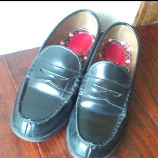 ホーキンス(HAWKINS)のホーキンス 黒 ローファー 22.5 ミッキー ディズニー (ローファー/革靴)