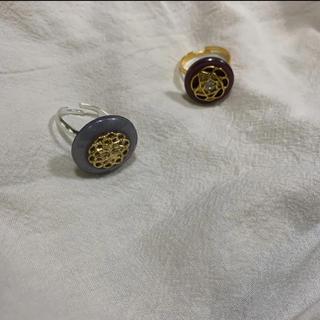 ハンドメイドアクセサリー ボタンリング handmade accessory(リング)