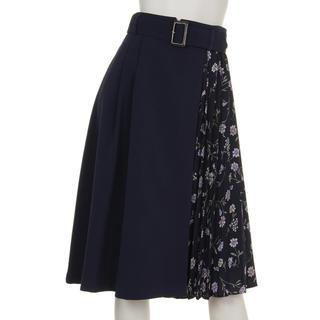 アラマンダ(allamanda)のアラマンダ 花柄プリーツ切り替えてスカート ネイビー(ひざ丈スカート)