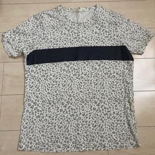 ジーユー(GU)の総柄 Tシャツ(Tシャツ/カットソー(半袖/袖なし))