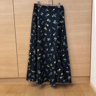 イエナスローブ(IENA SLOBE)のスローブイエナ  小花柄巻きスカート(ロングスカート)