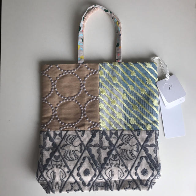 mina perhonen(ミナペルホネン)のミナペルホネン トーストバッグ toast bag レディースのバッグ(ハンドバッグ)の商品写真
