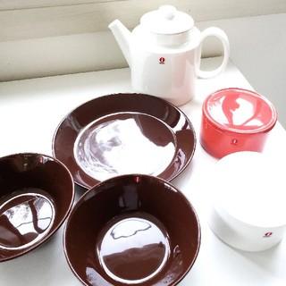 イッタラ(iittala)の廃盤プルネッカ&茶のティーマ含むイッタラセット(食器)