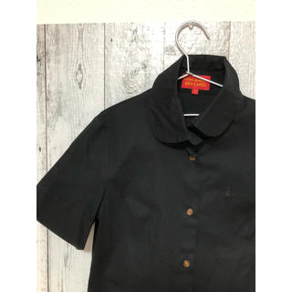 ヴィヴィアンウエストウッド(Vivienne Westwood)のヴィヴィアンウエストウッド シャツ レッド(シャツ/ブラウス(半袖/袖なし))