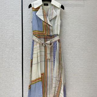 フェンディ(FENDI)の ❤大人気 ❤フェンデイ FENDI Tシャツ ワンピース 半袖 春夏(ひざ丈ワンピース)