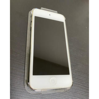 アイポッドタッチ(iPod touch)のipod touch 16GB(スマートフォン本体)