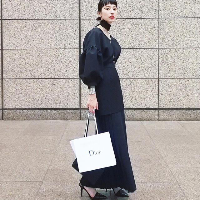 Ameri VINTAGE(アメリヴィンテージ)のCLANE PLEATS LAYERED LONG SKIRT レディースのスカート(ロングスカート)の商品写真