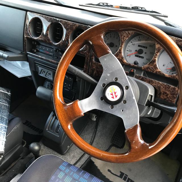スズキ(スズキ)のジムニー JA22 リビルドエンジン交換済 ベージュ 自動車/バイクの自動車(車体)の商品写真