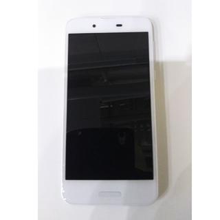 シャープ(SHARP)のUQmobileモバイル SHARPシャープ SHV40 シルキーホワイト  (スマートフォン本体)