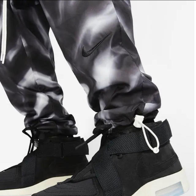 FEAR OF GOD(フィアオブゴッド)のNike Fear Of God オールオーバー パンツ メンズのパンツ(その他)の商品写真