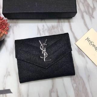 イヴサンローランボーテ(Yves Saint Laurent Beaute)の売り上げサンローランSaint Laurent 財布 贈り物 美品(財布)