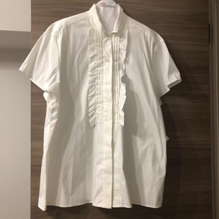 レッドヴァレンティノ(RED VALENTINO)のレッドヴァレンティノ❤RED VALENTINO❤フリル白シャツ❤新品未使用(シャツ/ブラウス(半袖/袖なし))