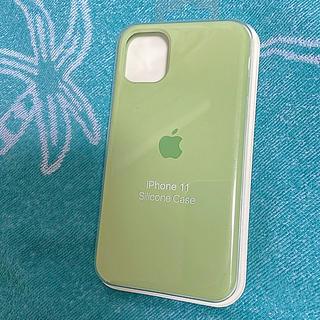 アイフォーン(iPhone)のiPhone11 シリコンケース グリーン Apple(iPhoneケース)