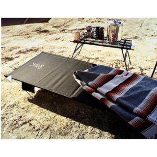 ドッペルギャンガー(DOPPELGANGER)のDOD ワイドキャンピングベッド コット 黒(寝袋/寝具)