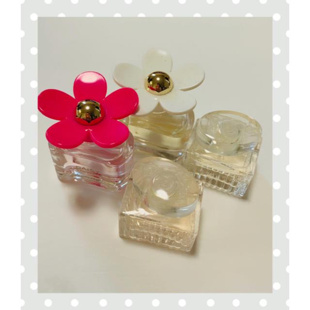 Chloe(クロエ)のDAISY Chloe ブランド ミニ香水 コスメ/美容の香水(香水(女性用))の商品写真