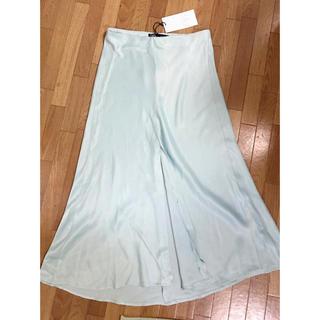 ZARA - ZARA サテンスリットスカート