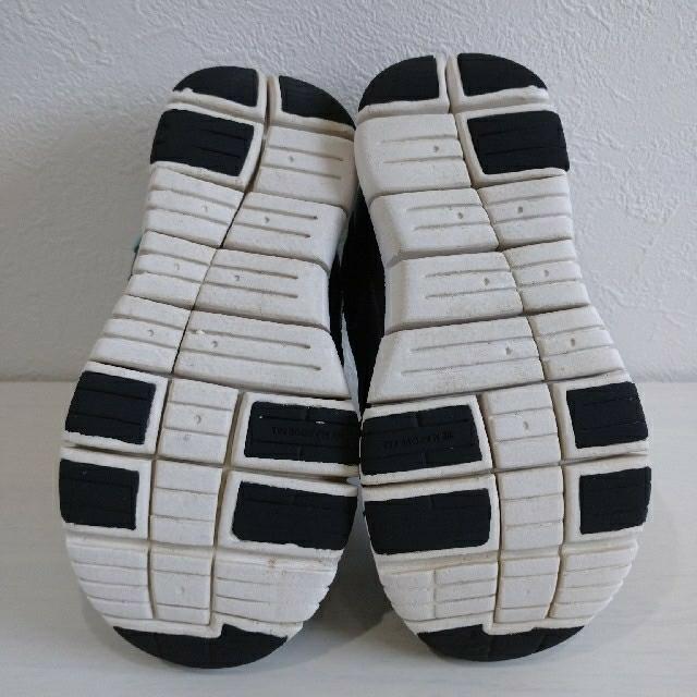 NIKE(ナイキ)のナイキ ダイナモフリー  17㎝ キッズ/ベビー/マタニティのキッズ靴/シューズ(15cm~)(スニーカー)の商品写真