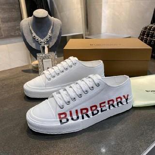 BURBERRY ★★ スニーカー
