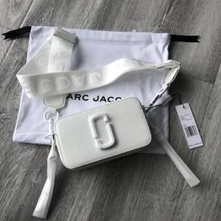 MARC JACOBS - 新品MARC JACOBSスナップショットバッグカメラバッグショルダーバッグ
