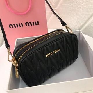 miumiu - 即購入可 miumiu★マテラッセ★レザー ミニ ショルダーバッグ miumiu