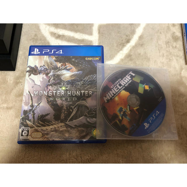 PlayStation4(プレイステーション4)のN様専用 PlayStation4 CHU-1200A500GBジェットブラック エンタメ/ホビーのゲームソフト/ゲーム機本体(家庭用ゲーム機本体)の商品写真
