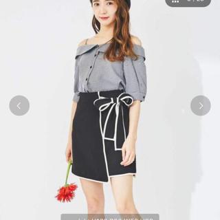 ワンアフターアナザーナイスクラップ(one after another NICE CLAUP)のtitty&Co. パイピングリボンスカート ブラック(ミニスカート)