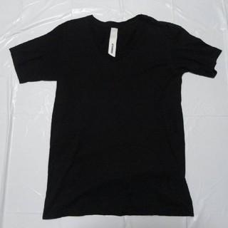 アタッチメント(ATTACHIMENT)の日本製 美シルエット美品◆アタッチメント Vネック半袖Tシャツ 黒3◆カットソー(Tシャツ/カットソー(半袖/袖なし))