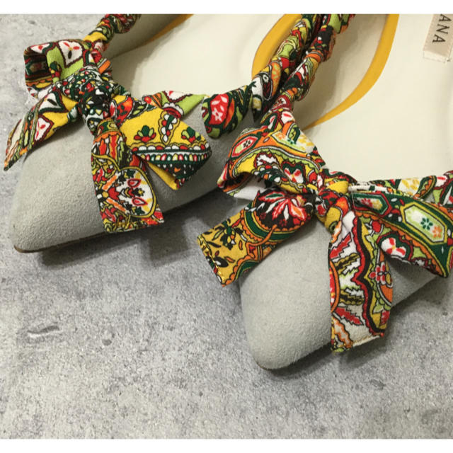DIANA(ダイアナ)のダイアナ フラットシューズ パンプス グレー レディースの靴/シューズ(バレエシューズ)の商品写真