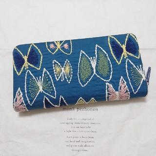 ミナペルホネン(mina perhonen)のミナペルホネン ラウンドファスナー 長財布  skyflower(財布)