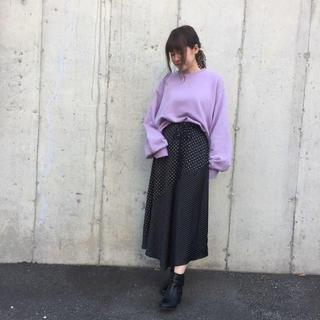 ミラオーウェン(Mila Owen)の[ミラオーウェン] 細ベルト付切替ドットサテンスカート ブラック 0(ひざ丈スカート)