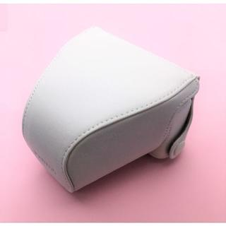 ペンタックス(PENTAX)のPENTAX Q7・Q10用 純正カメラケース 白 理由あり新品 激安!!(その他)
