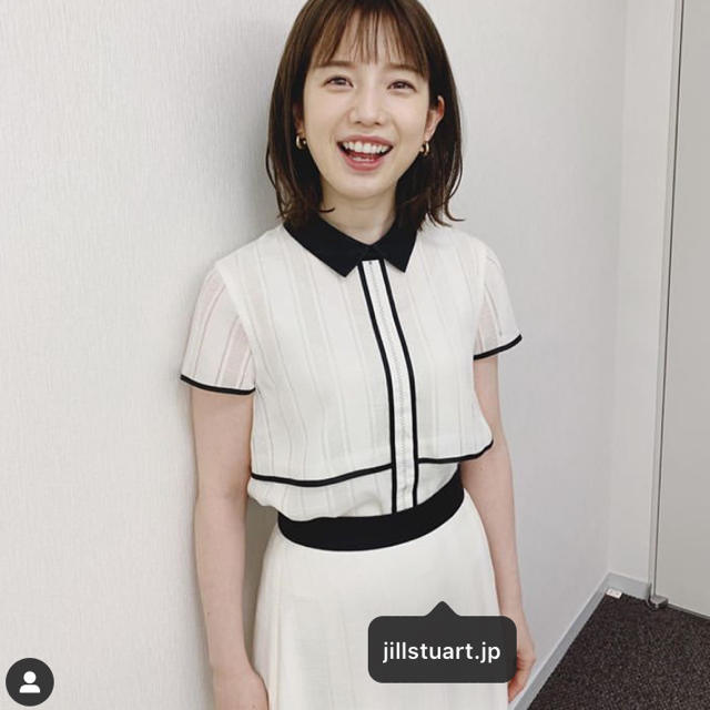 JILLSTUART(ジルスチュアート)のJILLSTUART  ルビー襟付ブラウス   ルビースカート  白 レディースのワンピース(ひざ丈ワンピース)の商品写真