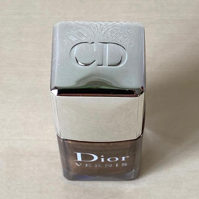 Christian Dior(クリスチャンディオール)の【ディオール】ヴェルニ 708 ゴールドナゲット コスメ/美容のネイル(マニキュア)の商品写真