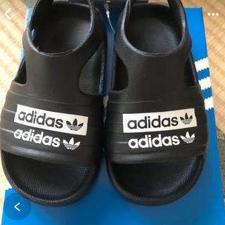 adidas - 人気につき、再入荷! adidas キッズ サンダル サイズは13cm